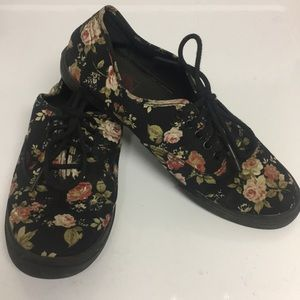 Vans Canvas Black Floral Sneaker Shoes